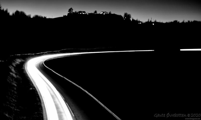 FV34 (Light trails)