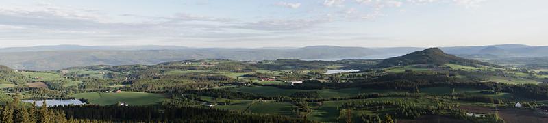 Tidleg morgon, tidleg sommar - panorama frå Gamkinnkrakken (Early summer morning panorama)