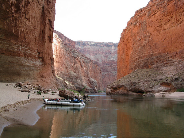 Grand Canyon Day 1 (Cont'd): Rafting to Nautiloid Canyon (mile 35)