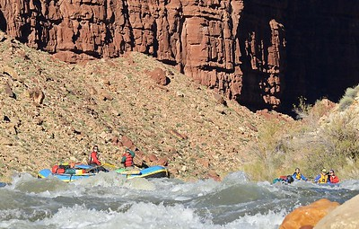 Newbie boaters approach Badger Rapid