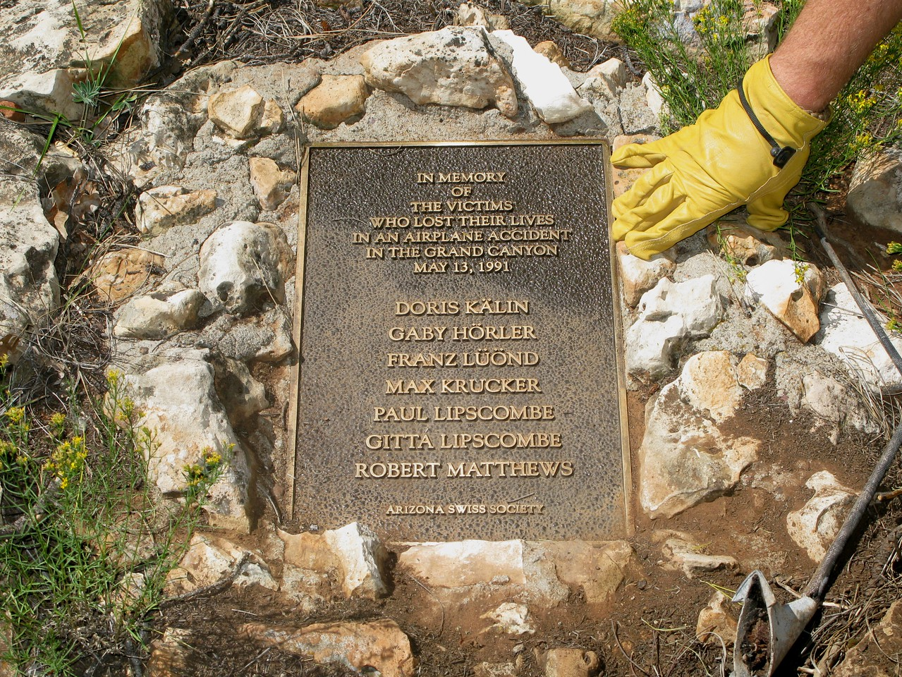 "The plaque is a fine memorial to my late friend ""Buzz"" and to the passengers that perished in this tragedy."