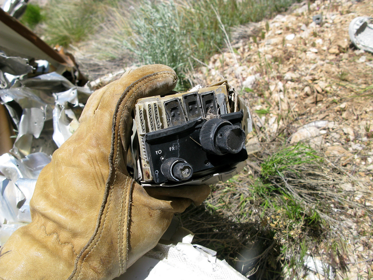 This VIR-351 Digital Navigation Receiver was also manufactured by the Collins Radio Co. <br /> <br /> According to the accident report, Captain Gustafson was using the navigation information from this radio in an attempt to determine his position as he flew through the canyon.