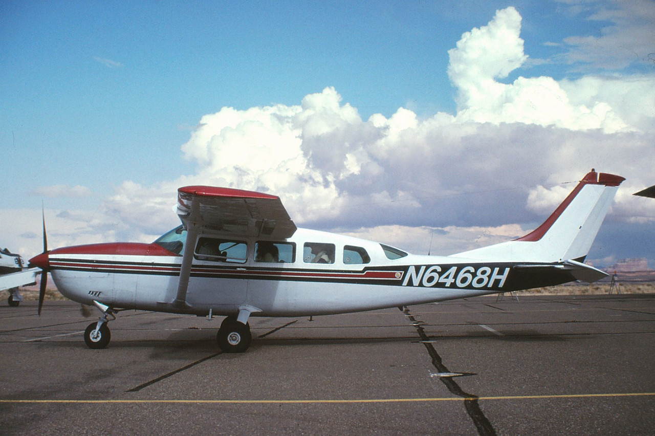THE AIRCRAFT:<br /> <br /> Cessna T207A (N6468H) was manufactured in 1979 and had accumulated over 10,000 flight hours at the time of the accident.<br /> <br /> The aircraft is shown at a stop in Page, Arizona during 1993.