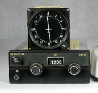 An undamaged example of the King Radio Corp. KR-85 ADF receiver and the KI-225 indicator that was installed on the accident aircraft.