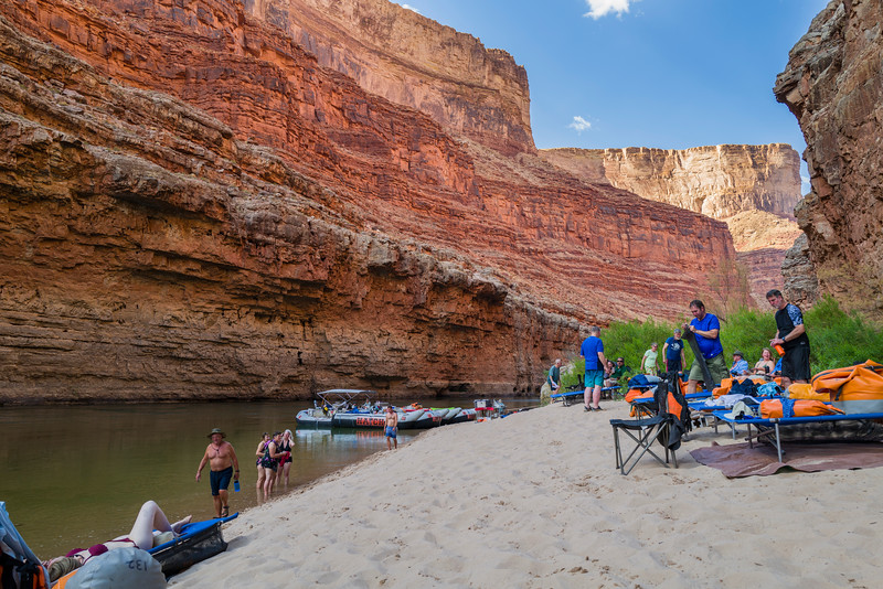 Our Camp site near mile 27 in the Colorado River. Setting up Camp !
