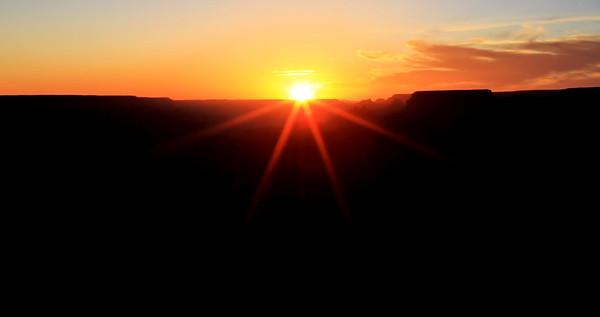 Sunset_042318_DesertView-020