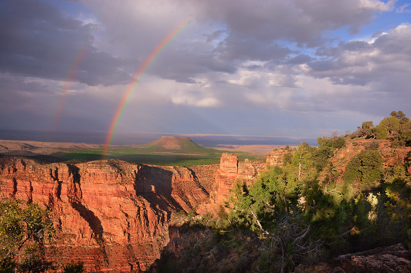 Beautiful double rainbow on the  Grand Canyon