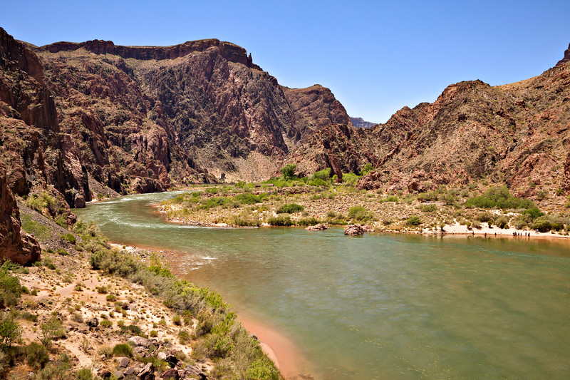 6476 Colorado River