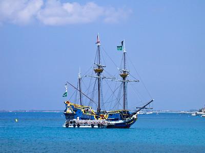 Grand Cayman, February 2004 724