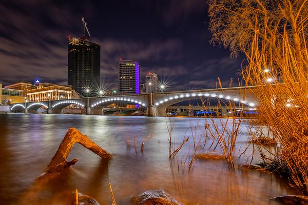 Grand Rapids: At Water's Edge