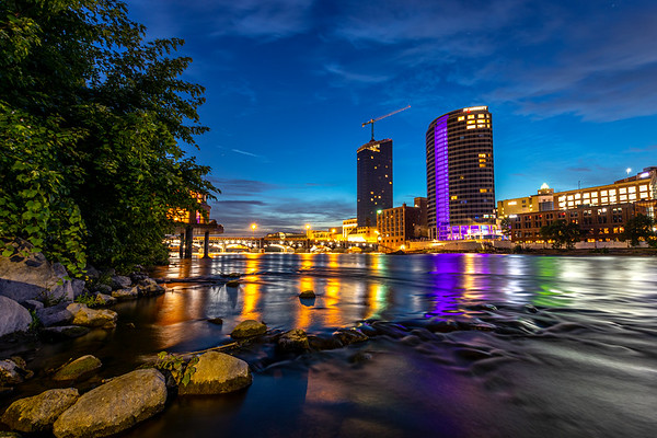 Pre-Dawn Skies Over Grand Rapids
