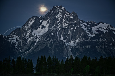Jackson Lake Moonset