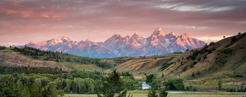 Grand Tetons Sunrise<br /> Zeiss 50/f2.0 Lee .9 Soft GND