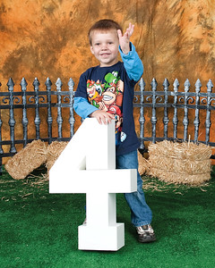 05 Cooper's 4th BDay Session (8x10)