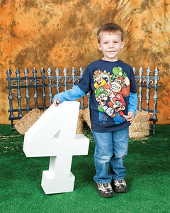 08 Cooper's 4th BDay Session (8x10)