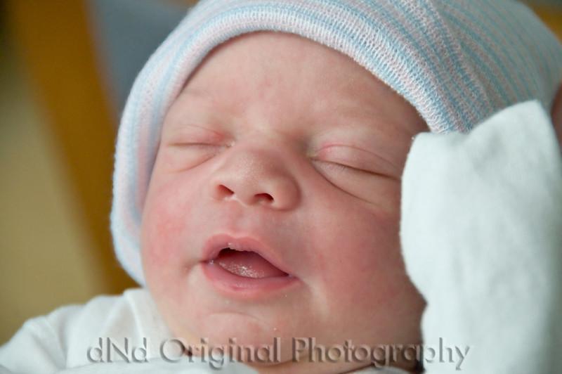 23 Cooper David Nicol's Birth - I'm Not Opening My Eyes