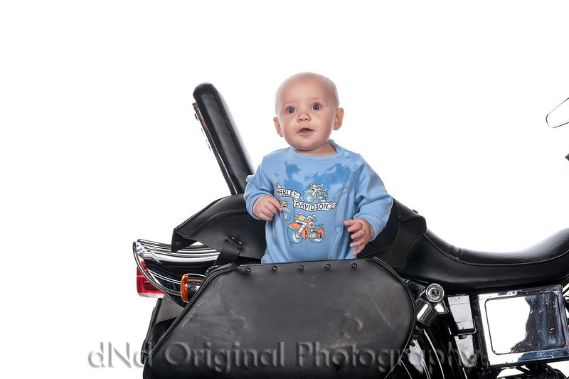014 Matthew Roy Nicol & Family Easter 2009