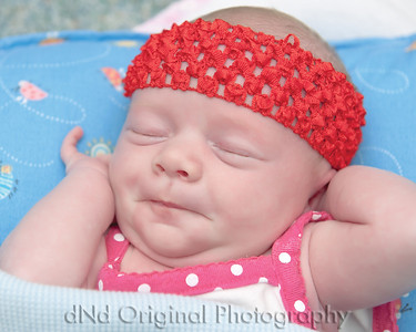 08 Faith - 2 Weeks Old (10x8)