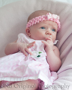 02 Faith - 5 weeks old (8x10)