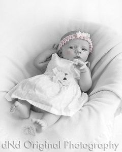 04 Faith - 5 weeks old (8x10) b&w