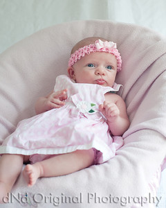 03 Faith - 5 weeks old (8x10)