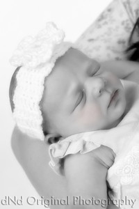 19 Faith - 6 Days Old b&w soft