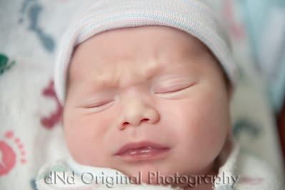 07 Kaelan Newborn