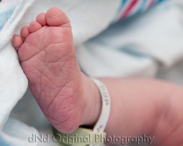 25 Kaelan Newborn (10x8)