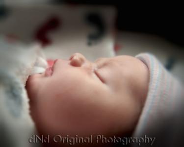 18 Kaelan Newborn (10x8) bokeh soft