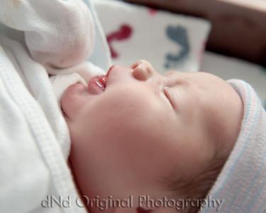 23 Kaelan Newborn (10x8)
