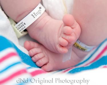 21 Kaelan Newborn (10x8)