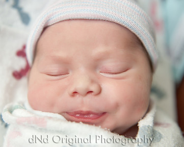 15 Kaelan Newborn (10x8)