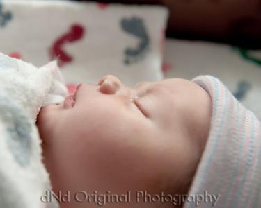 18 Kaelan Newborn (10x8)