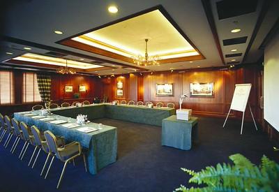 Van Berckel Lounge, U-vorm