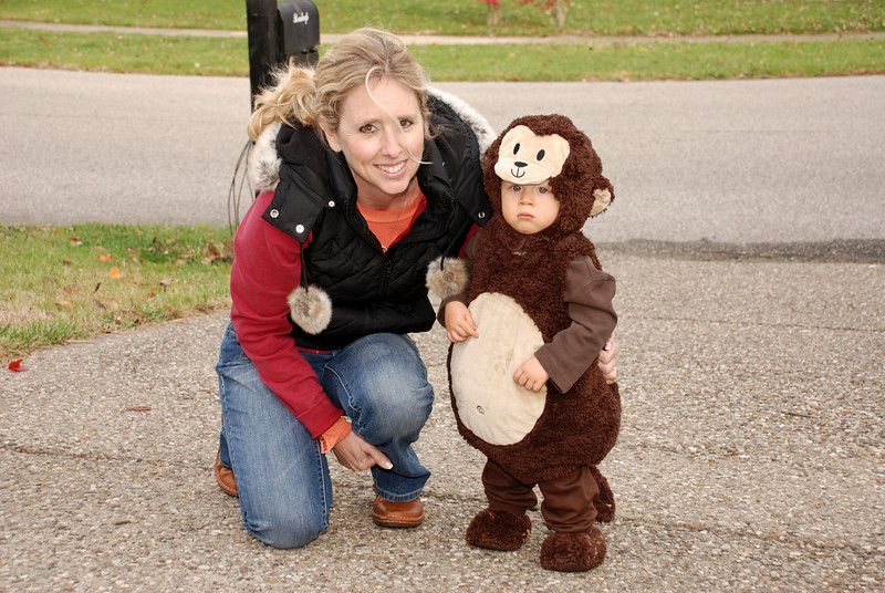 Mimi and Sean trick-or-treating