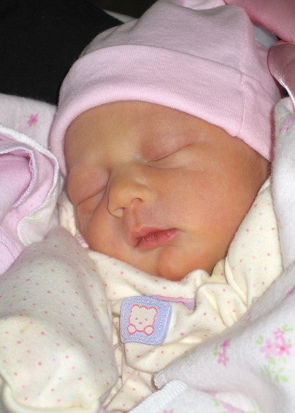 Aprox. Image on Sydney's Birth Announcement - - TEST