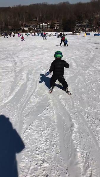 Caroline Walker Skiiing Feb_2017