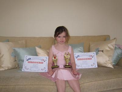 Chloe wins Dancing Award with Honours