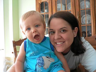 2008 Jacob goes to the Zoo with Mom and Nana