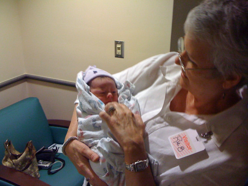 Grandmother (Celita) and granddaughter (Kamryn) in birthing room at T + 30 minutes.