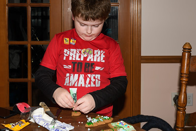 Making Christmas Train Cookie