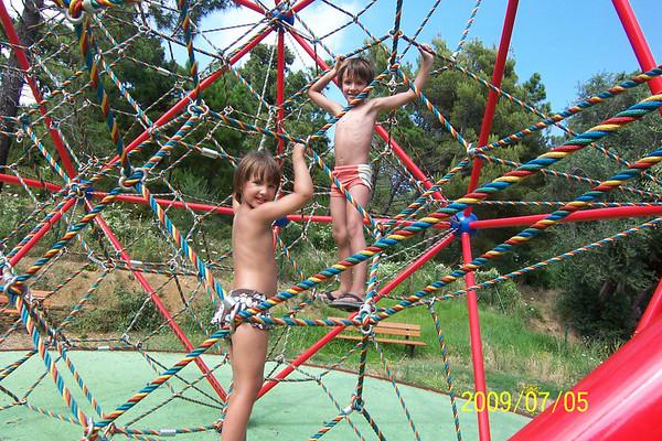 Madeleine & Zachary at Playground - Corsica 2009