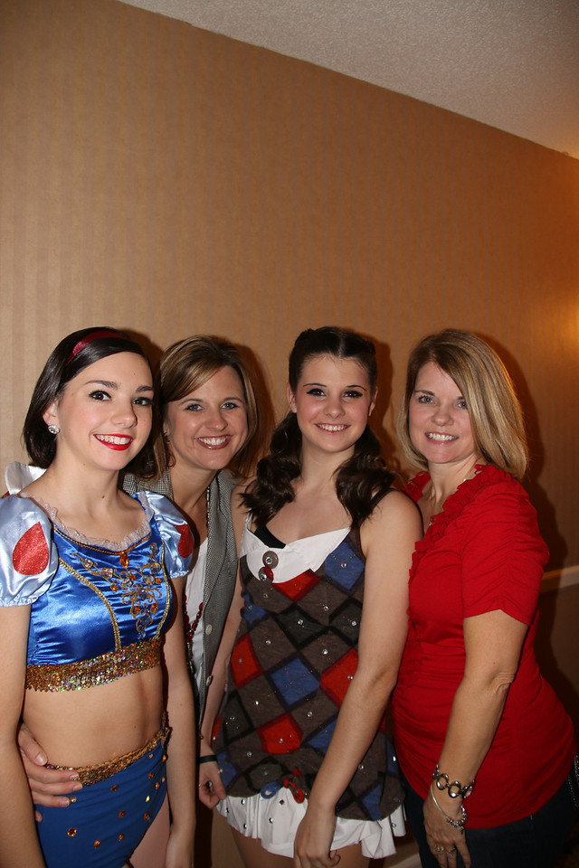 Lacey, NIcole, Makenzie & Melissa