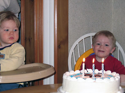 "PAPI'S ""PARTY CAKE"""