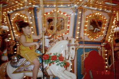 2000-7-9 Merry-go-round  50543_21