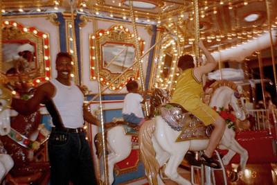 2000-7-9 Merry-go-round 50543_24