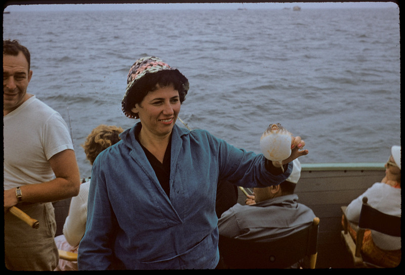 06 Ida Sept 1958 7