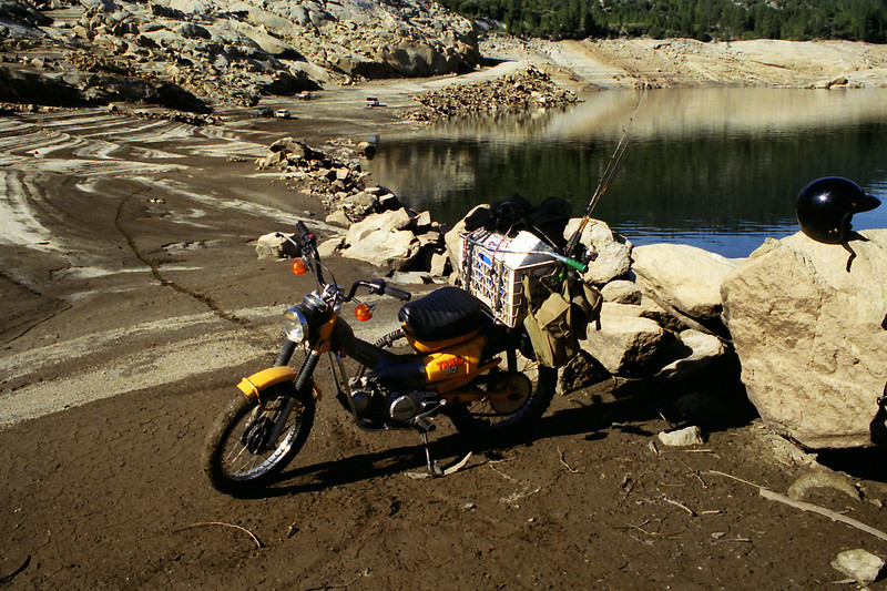 So what do you do when your at Mammoth Pools in December and the fishing Blows?? I got it.... A 20 Mile Ride to GRANITE CREEK, Yeah! That's a great Idea!