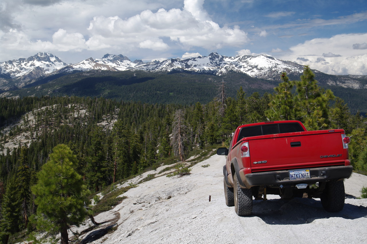 David's ZR2 coming down the cliff section of the Cattle Mtn OHV