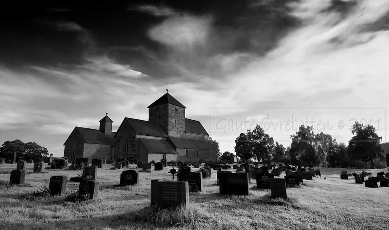 Søsterkirkene på Granavollen (The Sister Churches at Granavollen), Gran, Norway
